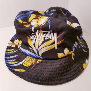 EUC Stussy Capz floral hat S/M